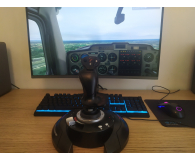 Test Thrustmaster T Flight Stick X (PC, PS3)