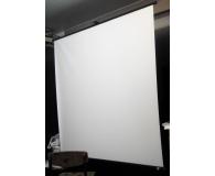 Test Avtek Ekran na statywie 83' 150x150 1:1 Biały Matowy