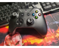 Test Microsoft Xbox One S Wireless Controller + Kabel PC