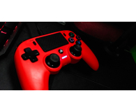 Test Nacon PlayStation 4 Compact Red