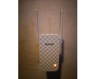 Tenda A9 (802.11b/g/n 300Mb/s) plug repeater - Marcin