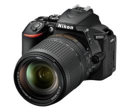 Lustrzanka Nikon D5600 + AF-S 18-140mm VR