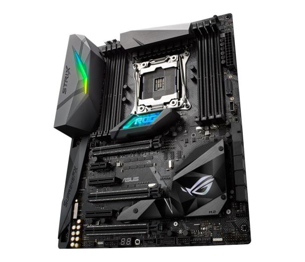 ASUS STRIX X299-E GAMING (DDR4) - 371637 - zdjęcie 4
