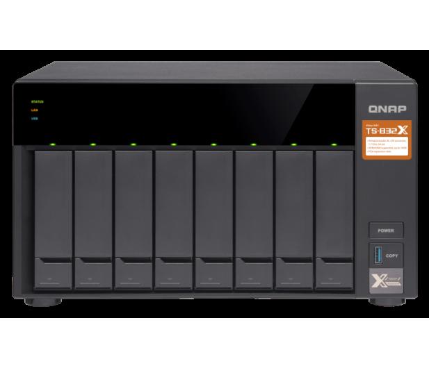 QNAP TS-832X-8G (8xHDD, 4x1.7GHz, 8GB, 3xUSB, 4xLAN) - 434176 - zdjęcie 2