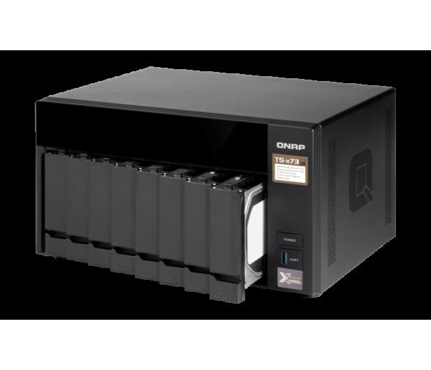 QNAP TS-873-4G (8xHDD, 4x2.1-3.4GHz, 4GB,4xUSB,4xLAN)  - 434212 - zdjęcie 4