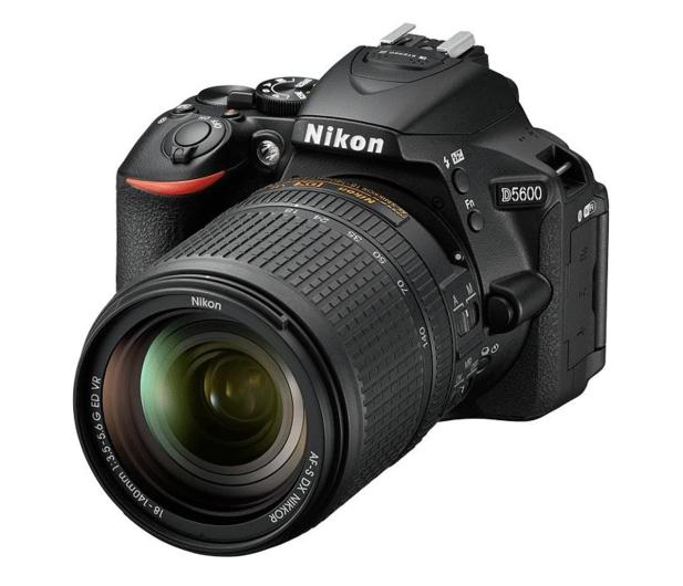 Nikon D5600 + AF-S 18-140mm VR - 524325 - zdjęcie