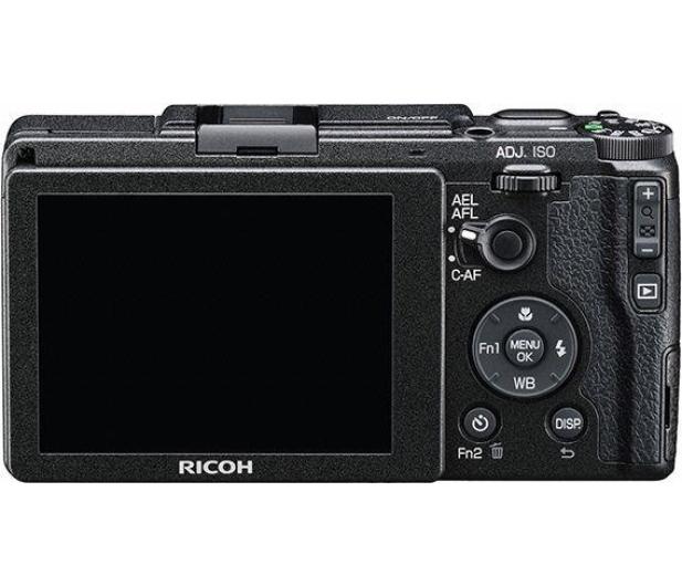 Ricoh GR II + Bateria + Futerał  - 479437 - zdjęcie 3