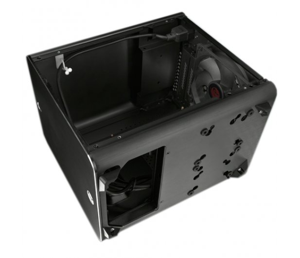 Raijintek METIS Mini-ITX czarna z oknem - 266457 - zdjęcie 6