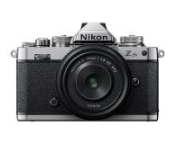 Nikon Z fc+ Z 28mm F2,8 SE - 669819 - zdjęcie 1