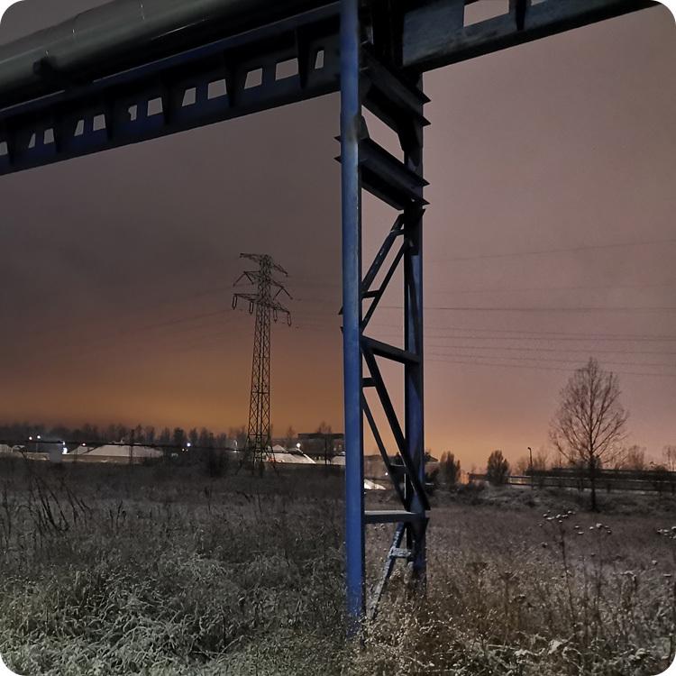 zdjęcie w trybie automatycznym vs. tryb nocny - Huawei Mate 20